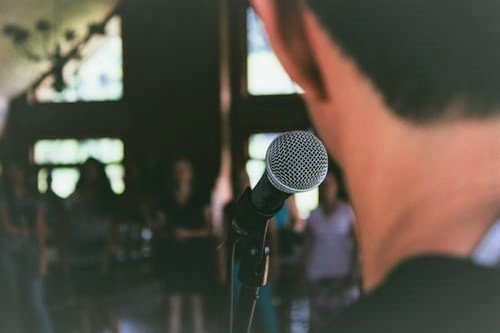 You can learn how to manage your public speaking anxiety
